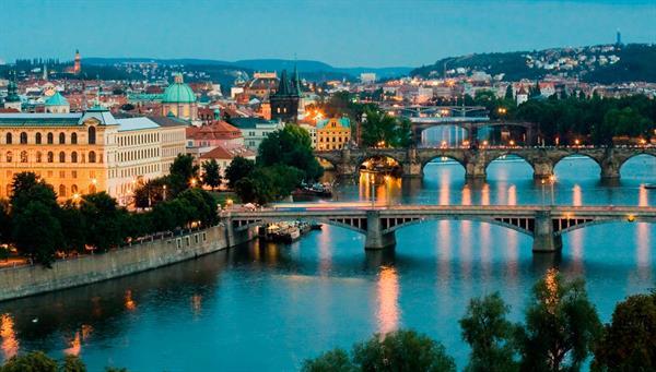 Praga: La majestuosa belleza de un Imperio.