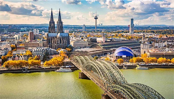 Colonia, ciudad a orillas del Rhin donde destaca su gran catedral gótica
