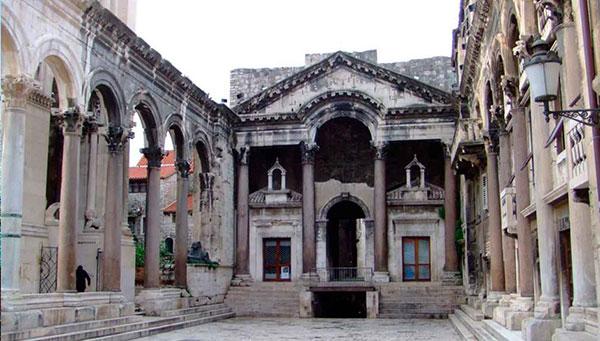Split: Entrada incluida al palacio diocleciano.