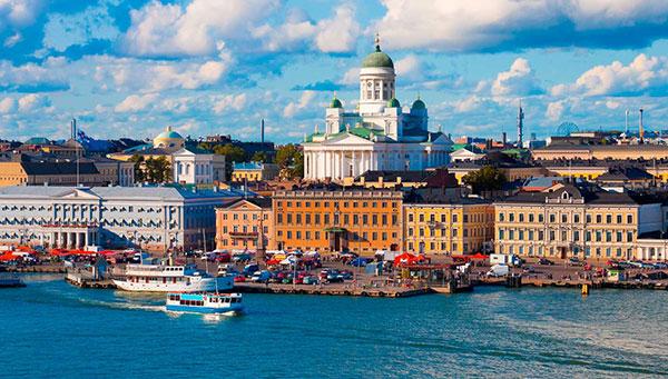 Helsinki: Punto de conexión entre Escandinavia y Rusia.