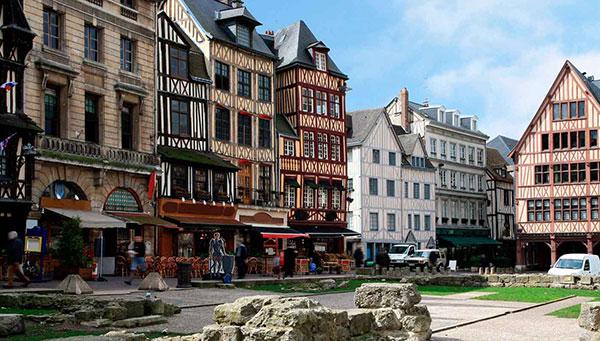 Rouen: Corazón del Impresionismo.