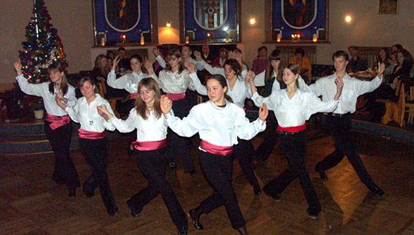 Atenas: Cena y espectáculo folklore griego (opcional).