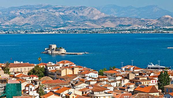 Nauplia: Perfecta armonía, tesoro del Peloponeso.