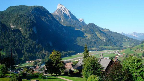 Gstaad: Gran destino turístico invernal, de los lugares más exclusivos de Suiza