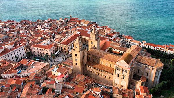 Palermo: Presente caótico, pasado histórico.