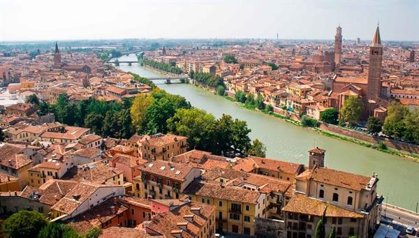 Verona: Romeo y Julieta……