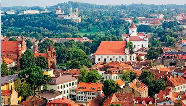Vilnius: La perla barroca de las Repúblicas Bálticas.
