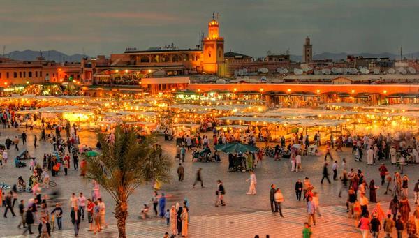Marrakech: Caravanas…. Magia….Fantasia ….