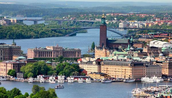 Estocolmo: La capital y la ciudad más grande de Suecia.