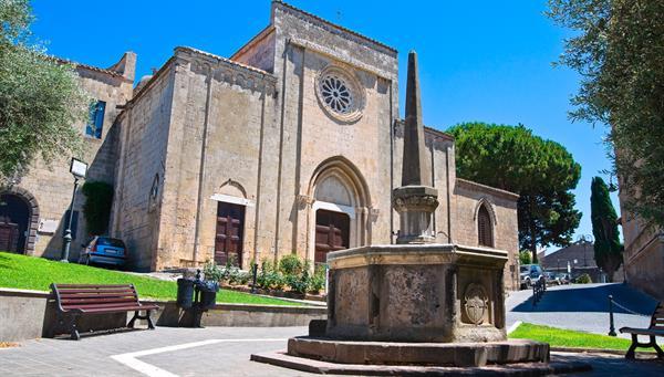 Tarquinia: Ciudad medieval