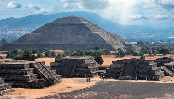 Teotihuacán: Lugar donde los hombres se convierten en dioses…..