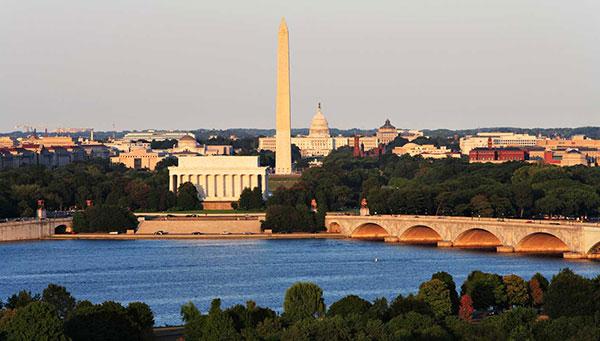 Washington:  La ciudad es un centro de la historia y cultura estadounidense.